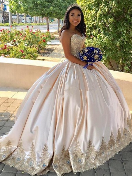 Ball Gown Sweetheart Sweep/Brush Train Satin Sleeveless Dresses with Beading