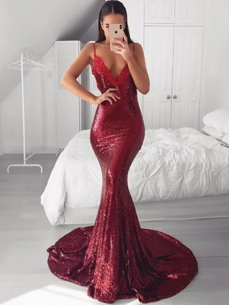 Trumpet/Mermaid V-neck Sequins Sweep/Brush Train Sleeveless Dresses with Applique