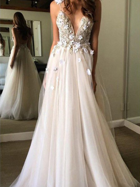 A-Line/Princess Tulle V-neck Sleeveless Floor-Length Wedding Dresses with Beading