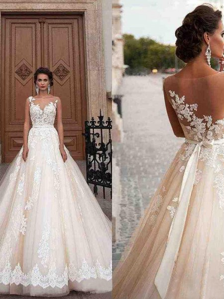 A-Line/Princess Tulle Scoop Sleeveless Court Train Wedding Dresses with Applique