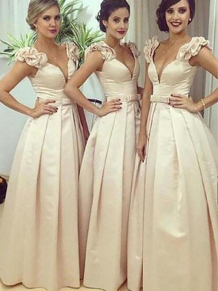 A-Line/Princess Floor-Length Satin Straps Bridesmaid Dresses