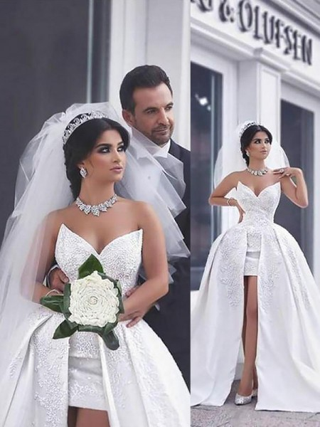 Ball Gown Satin Chapel Train Sweetheart Wedding Dresses with Beading