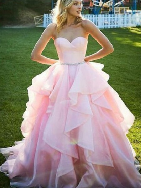 Ball Gown Sleeveless Sweetheart Floor-Length Organza Dresses with Beading