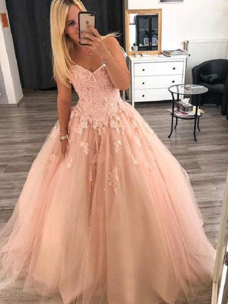Ball Gown Sleeveless Sweetheart Floor-Length Tulle Dresses with Applique