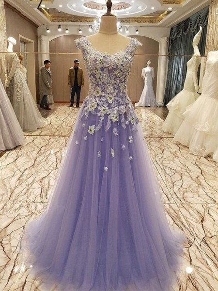 A-Line/Princess Sleeveless Scoop Floor-Length Tulle Dresses with Applique