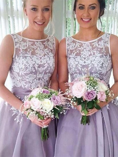 A-Line/Princess Sleeveless Sheer Neck Knee-Length Organza Bridesmaid Dresses with Applique