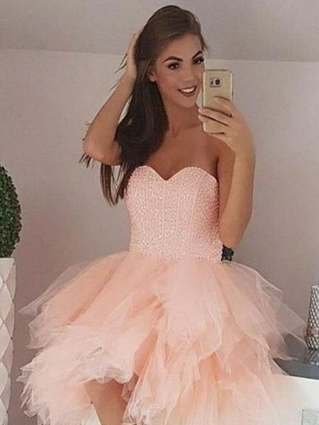 A-Line/Princess Tulle Sweetheart Sleeveless Short/Mini Homecoming Dresses with Beading