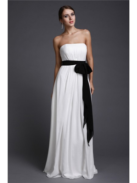 Sheath/Column Strapless Sash/Ribbon/Belt Chiffon Bridesmaid Dress