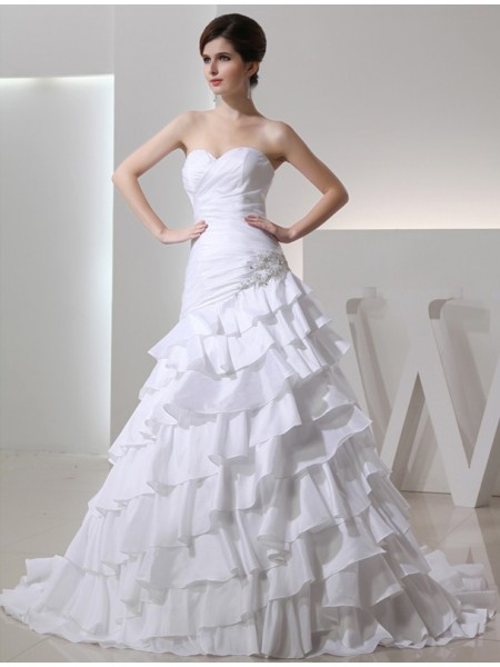 A-Line/Princess Sweetheart Long Taffeta Wedding Dress