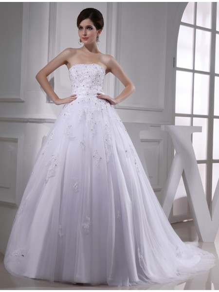 Ball Gown Strapless Applique Satin Tulle Wedding Dress