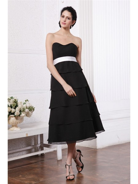 A-Line/Princess Sweetheart Short Sash Ruffles Short Chiffon Bridesmaid Dress