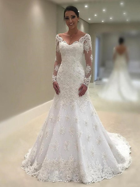 Trumpet/Mermaid V-neck Court Train Lace Wedding Dresses with Applique