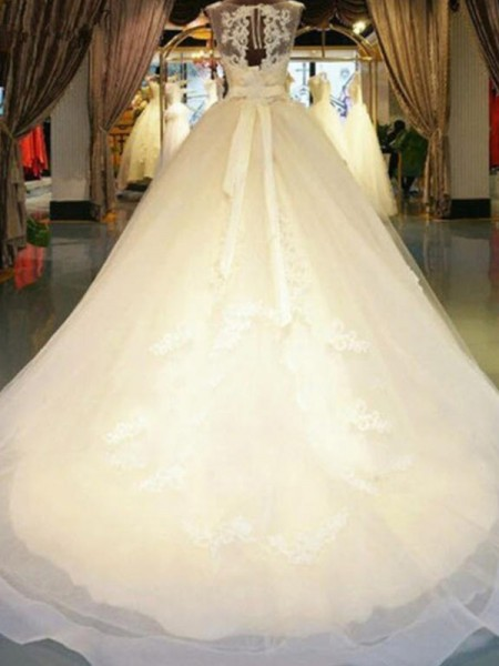 Ball Gown Off-the-Shoulder Sweep/Brush Train Lace Wedding Dresses with Beading