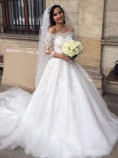 Ball Gown Tulle Off-the-Shoulder Chapel Train Wedding Dresses with Applique