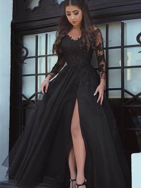 Ball Gown Off-the-Shoulder Floor-Length Lace Dresses with Applique