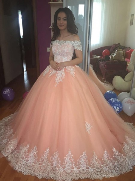 Ball Gown Off-the-Shoulder Court Train Tulle Dresses with Lace