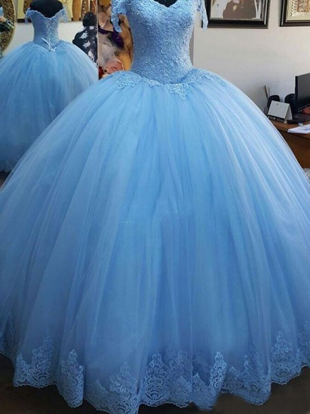 Ball Gown Off-the-Shoulder Sweep/Brush Train Tulle Dresses with Lace