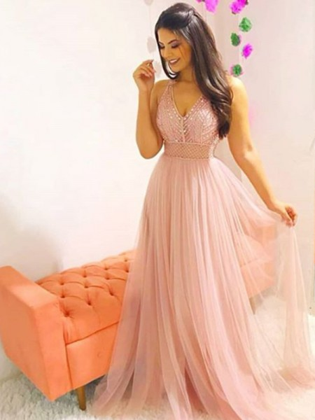 A-Line/Princess V-neck Sweep/Brush Train Tulle Dresses
