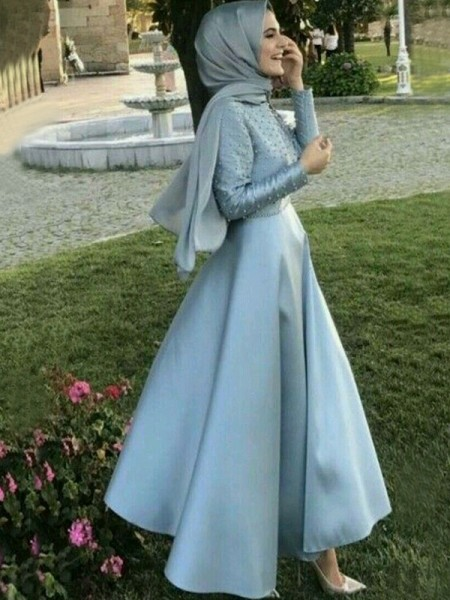 A-Line/Princess Scoop Floor-Length Satin Muslim Dresses with Beading