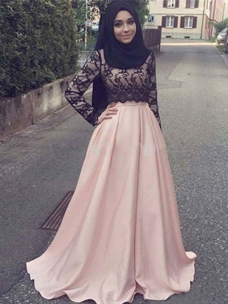 A-Line/Princess Scoop Sweep/Brush Train Satin Muslim Dresses with Applique