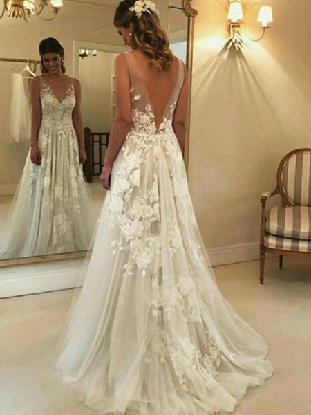 A-Line/Princess V-neck Sleeveless Sweep/Brush Train Tulle Wedding Dresses with Applique