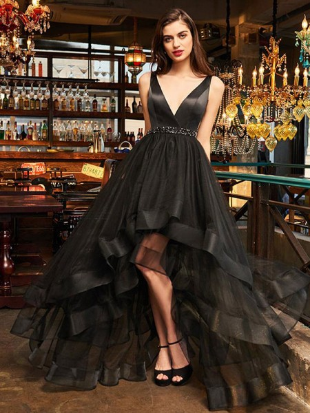 A-Line/Princess Sleeveless V-neck Asymmetrical Organza Dresses with Ruffles