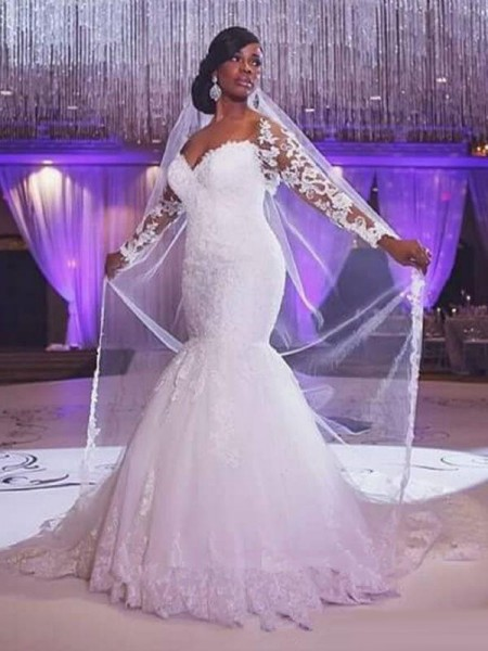 Trumpet/Mermaid Long Sleeves Sweetheart Sweep/Brush Train Tulle Wedding Dress with Applique