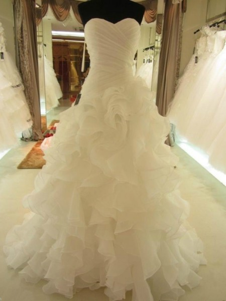 Ball Gown Sweetheart Organza Sleeveless Court Train Wedding Dress with Ruffles