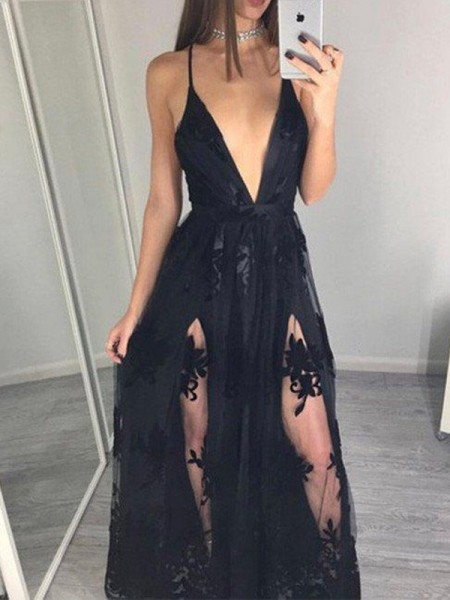 A-Line/Princess Spaghetti Straps Tulle Floor-Length Dress