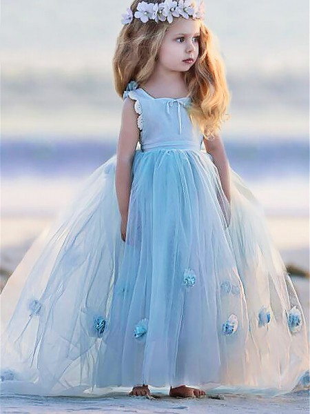 Ball Gown Bateau Floor-Length Tulle Flower Girl Dresses with Hand-Made Flower