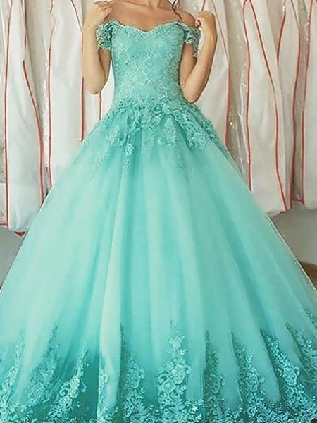 Ball Gown Off-the-Shoulder Floor-Length Tulle Dresses with Applique