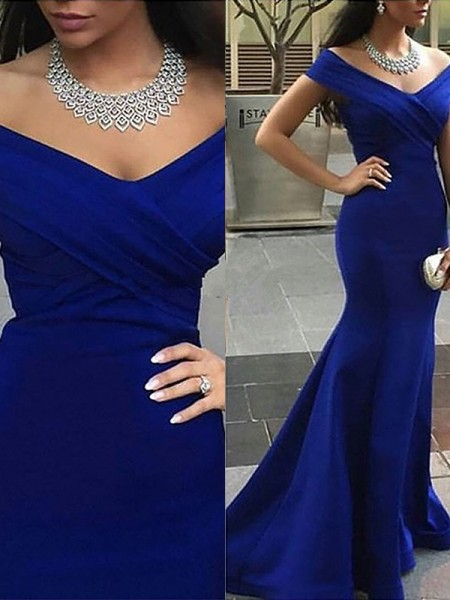 Trumpet/Mermaid Off-the-Shoulder Satin Sweep/Brush Train Dresses