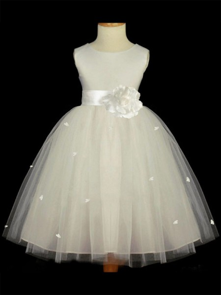 A-Line/Princess Scoop Ankle-length Tulle Flower Girl Dresses with Hand-Made Flower