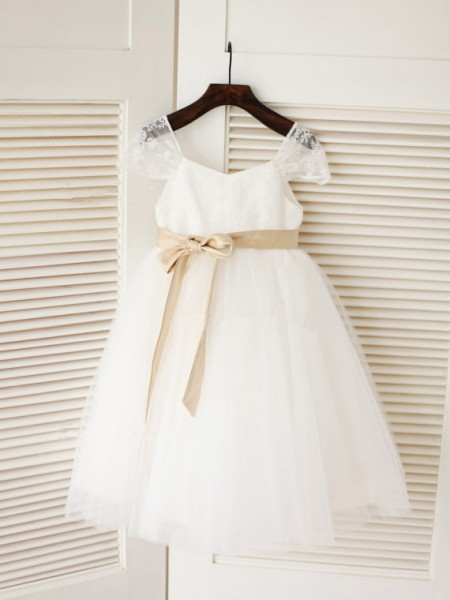 Ball Gown Scoop Tea-length Tulle Flower Girl Dress with Sash/Ribbon/Belt