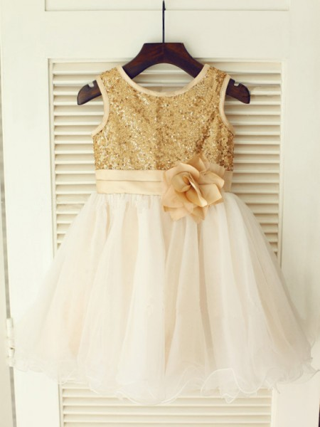 A-line/Princess Scoop Knee-Length Organza Flower Girl Dress with Sequins