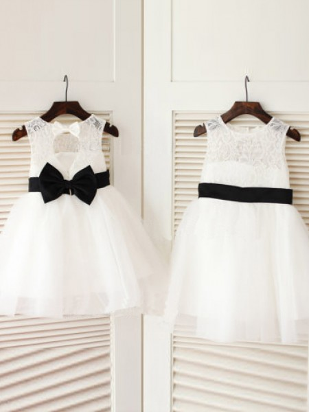 A-line Scoop Knee-Length Tulle Flower Girl Dress with Bowknot